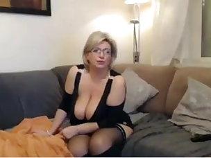 Dildo Porn Tube